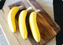 "Wrap the ""crown"" of your banana to prevent them from ripening too quickly"